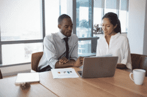 10 Tips to Hire Your Business Law Advisor
