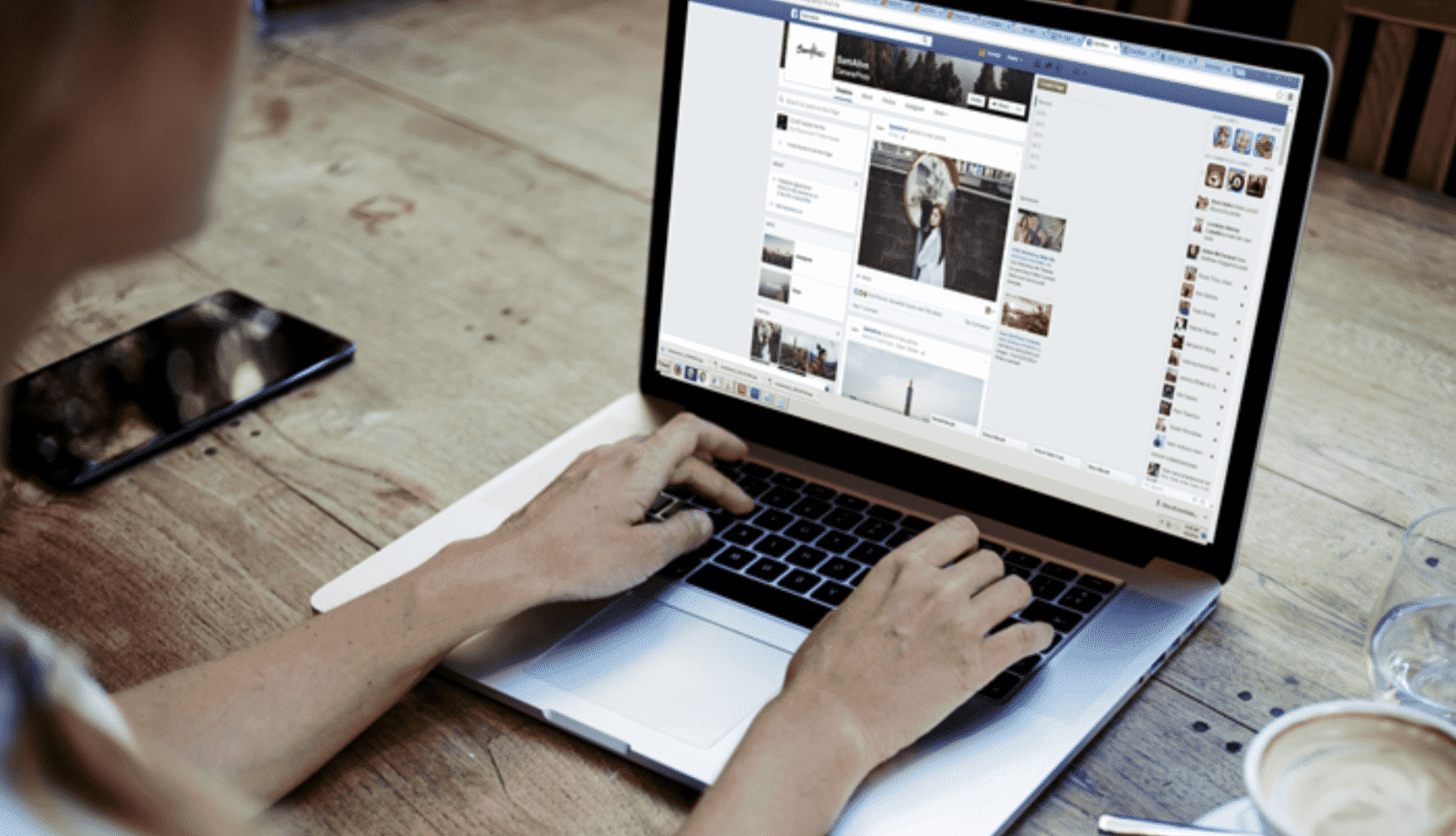 5 Advantages of Advertising on Facebook