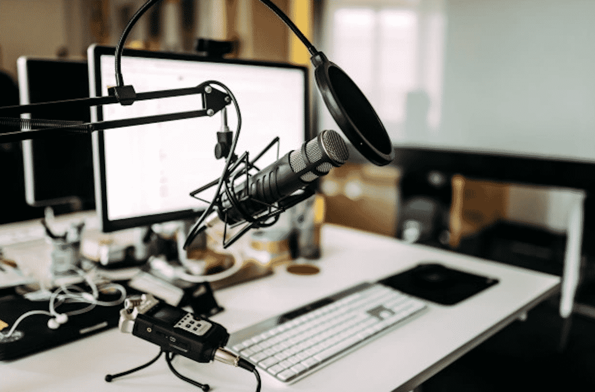 9 Benefits of the PoC Radio You Need to Know