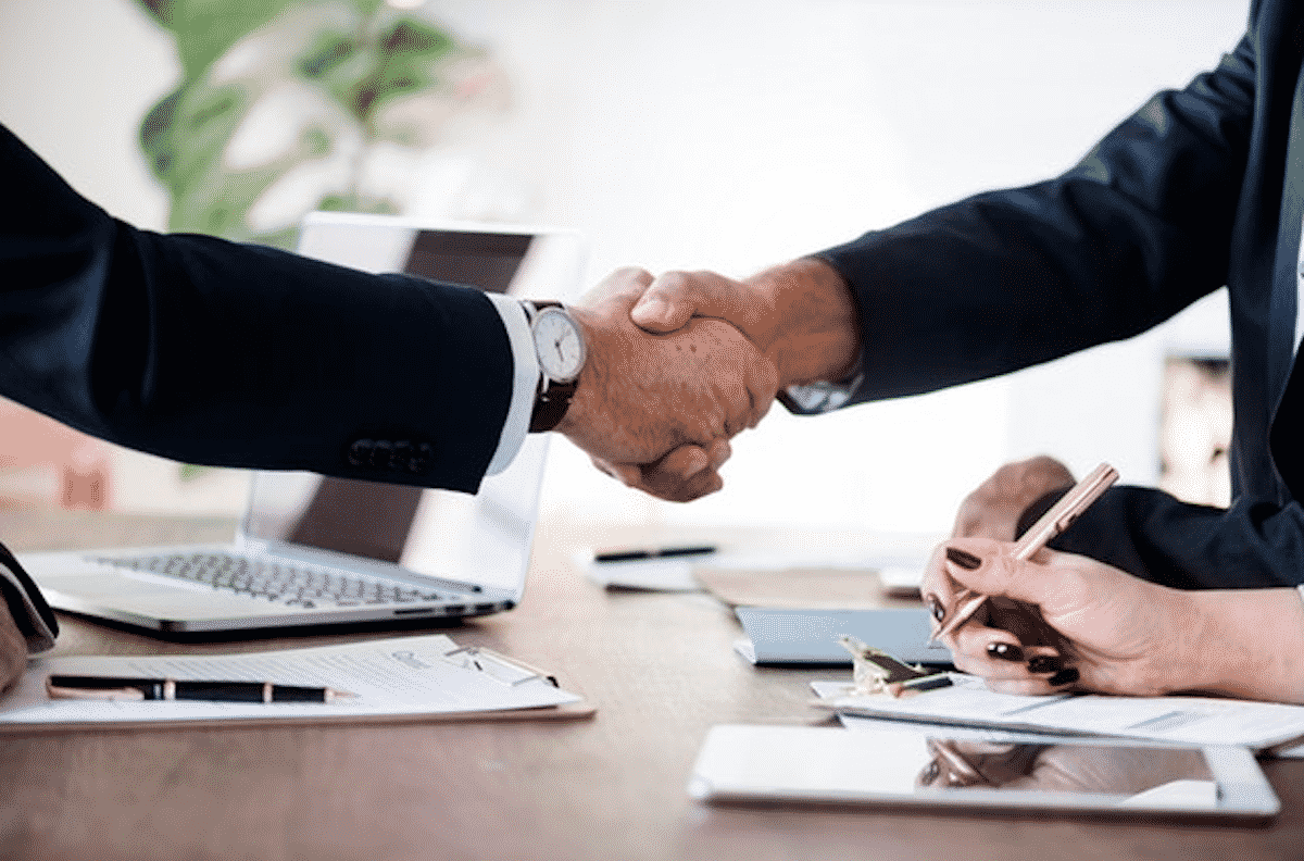 Why hiring a corporate attorney in California is crucial?