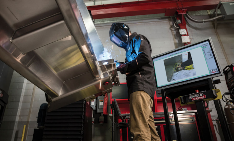 Photo of Top Three Advantages of Installing Industrial Fume Extractor in Welding Workplace